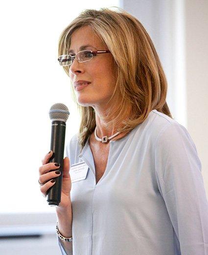 Julie Connolly